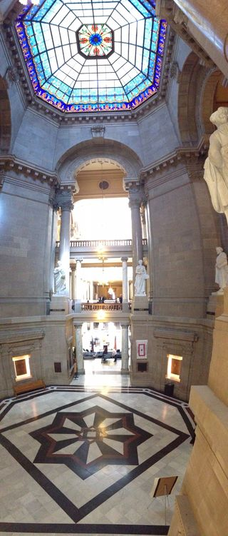 The-indiana-state-house-rotunda Image provided by Library of Congress 11.13.15 Photo by Andrew Weber